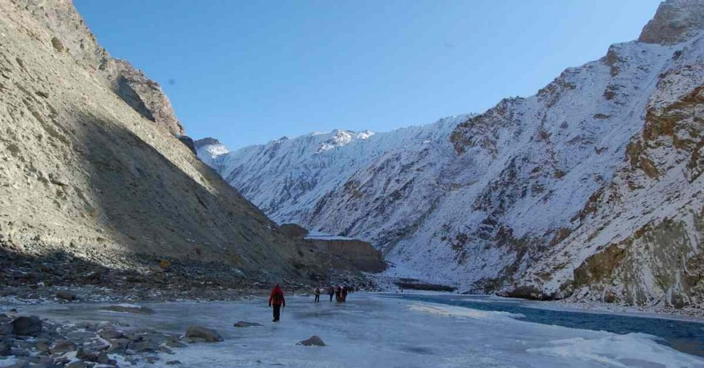 The-zanskar-river-near-Dib