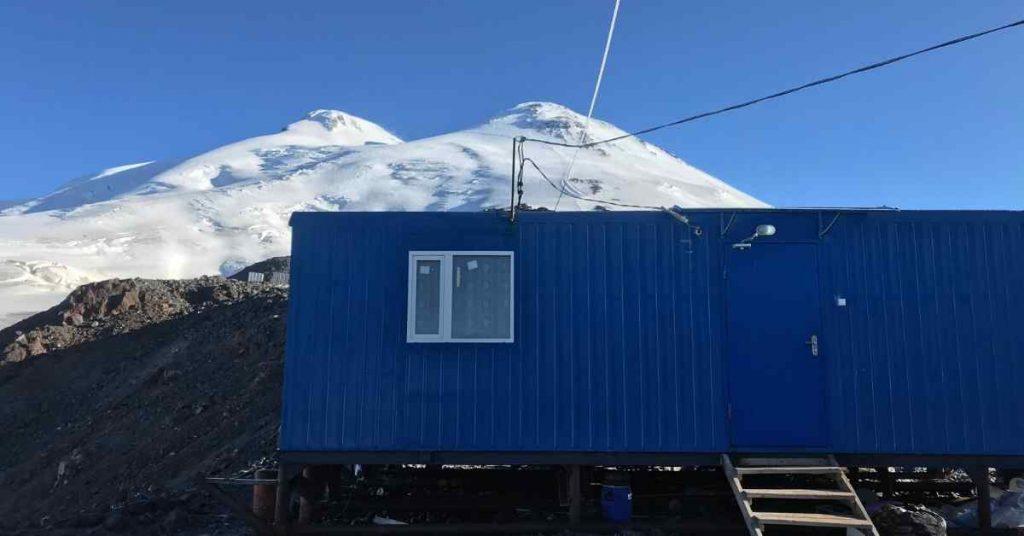 Adventure-Pulse-Mount-Elbrus-Blue-huts-at-elbrus