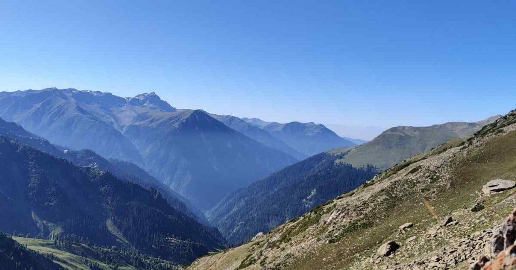 Adventure-pulse_passes-kashmir-great-lakes-zaj-pass